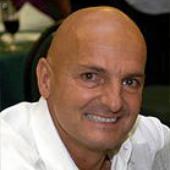Dr. Arno Burnier
